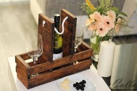 Nádherná stolová vinotéka na jednu fľašu vína a dva poháre