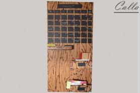 kalendár z dreva