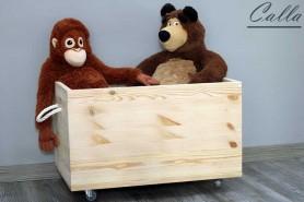 ručne robená drevená truhlica do detskej izby