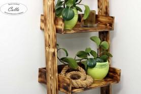 ukladací regál z dreva vidiecky štýl