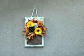rustikálny závesný 3D obraz ozdobený farebnými kvetmi