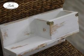 ručne vyrobený drevený vešiak na kľúče hnedá patina